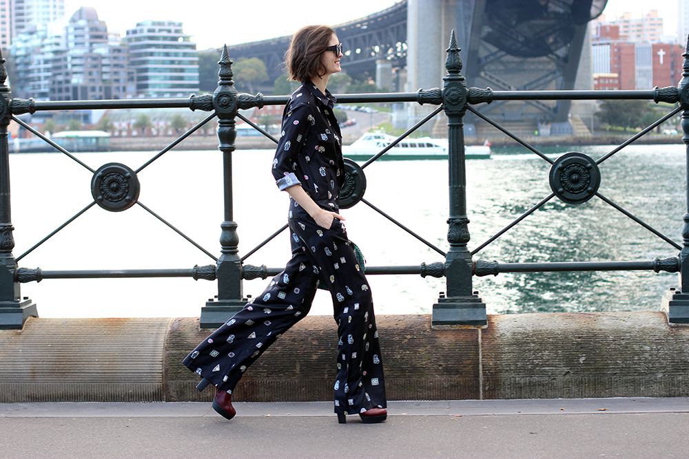 CHLOE C HILL SYDNEY BLOG   Wearing Issa london printed jumpsuit from the outnet