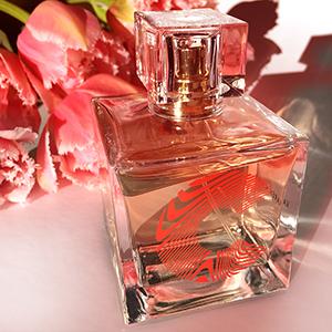 CHLOE CHILL SYDNEY FASHION BLOG | Beauty Karen Walker Perfume