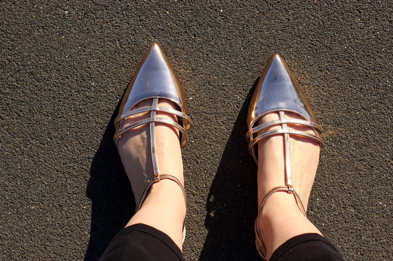 Chloe-Chill-Fashion-Blog-feat-rose-gold-strappy-point-flat-shoes