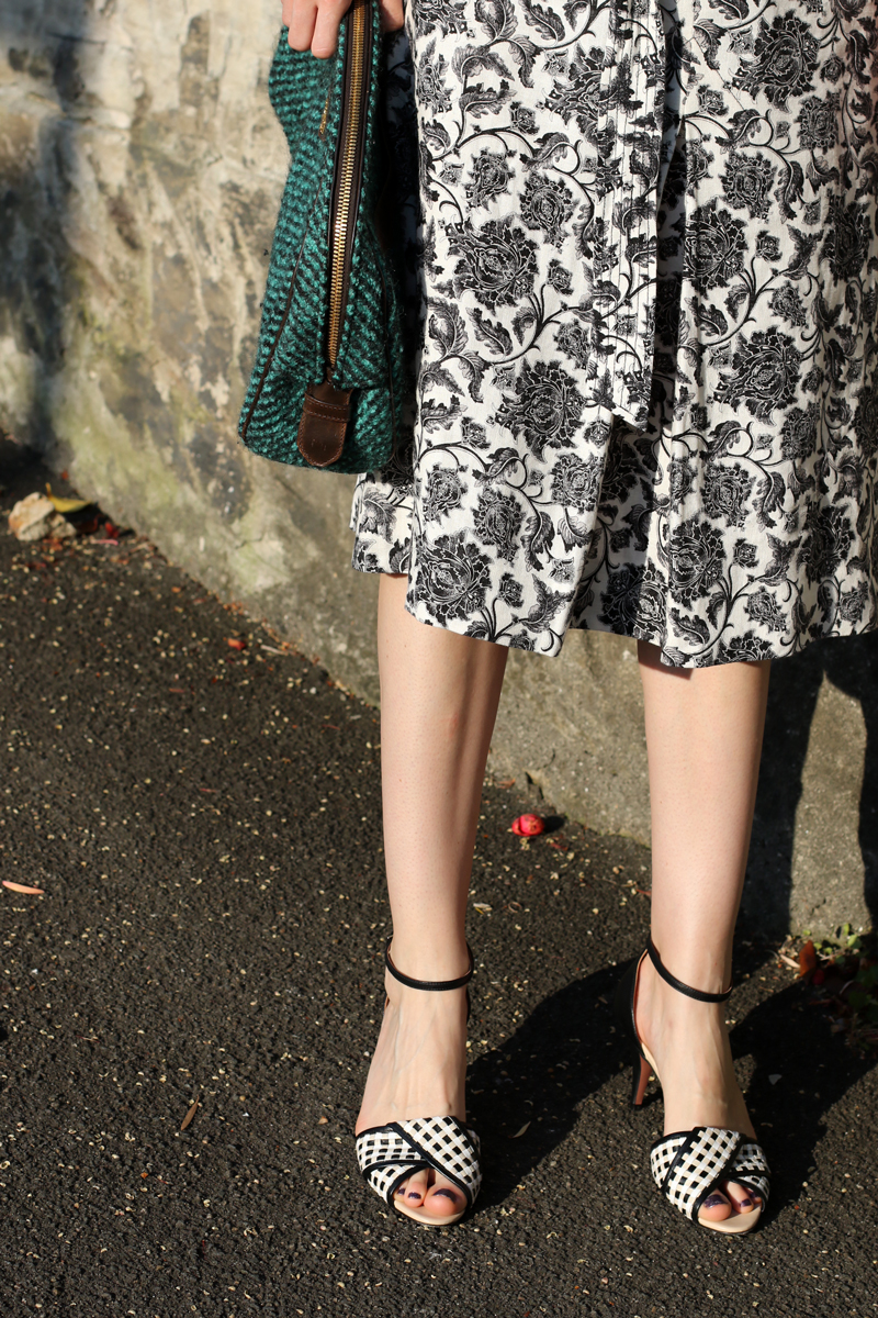 Zimmermann--floral-midi-skirt,-prada-clutch-and-sportmax-woven-leather-mid-heels