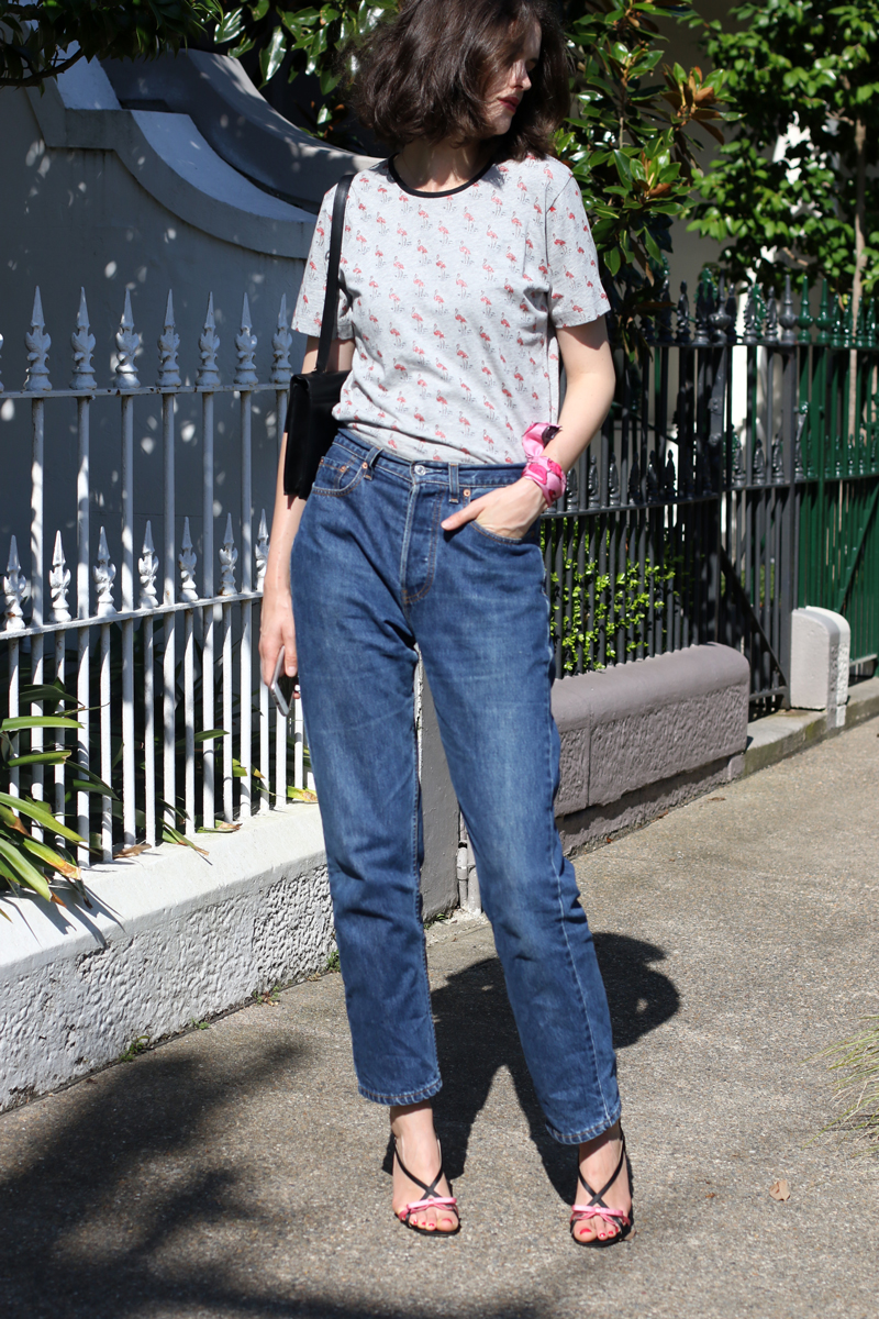 Sydney-blogger-and-stylist-Chloe-Hill-in-Easton-Pearson-famingo-print-tshirt,-vintage-Levis-jeans-and-Anna-Coroneo-scarf