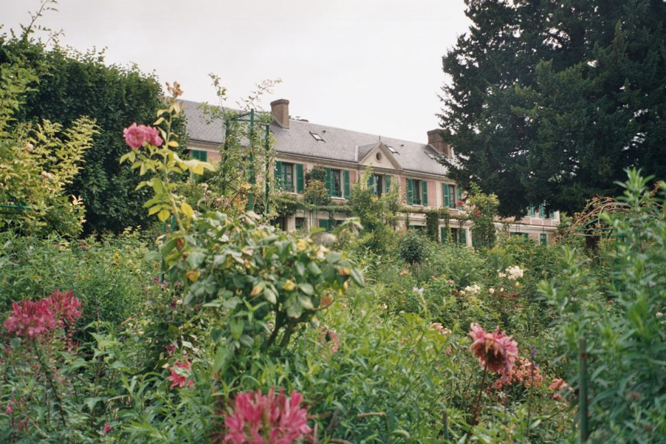 Travel Guide: Giverny