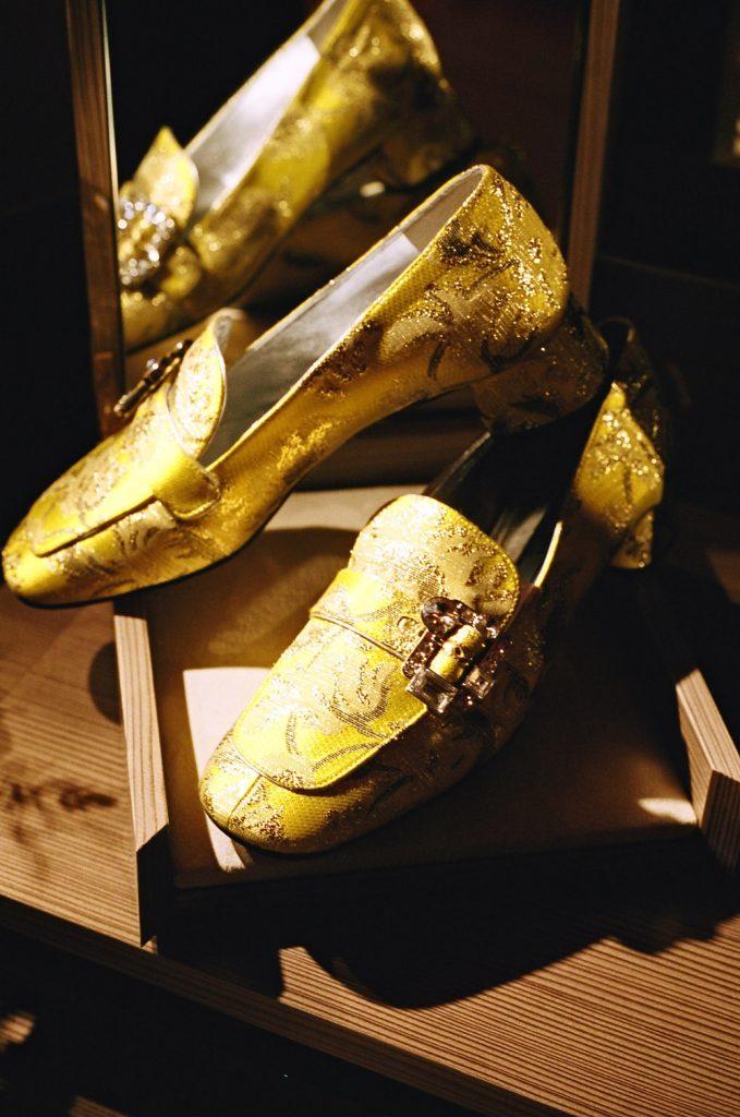 Martha Louisa Hotel de Crillon Paris fashion week march 18 2